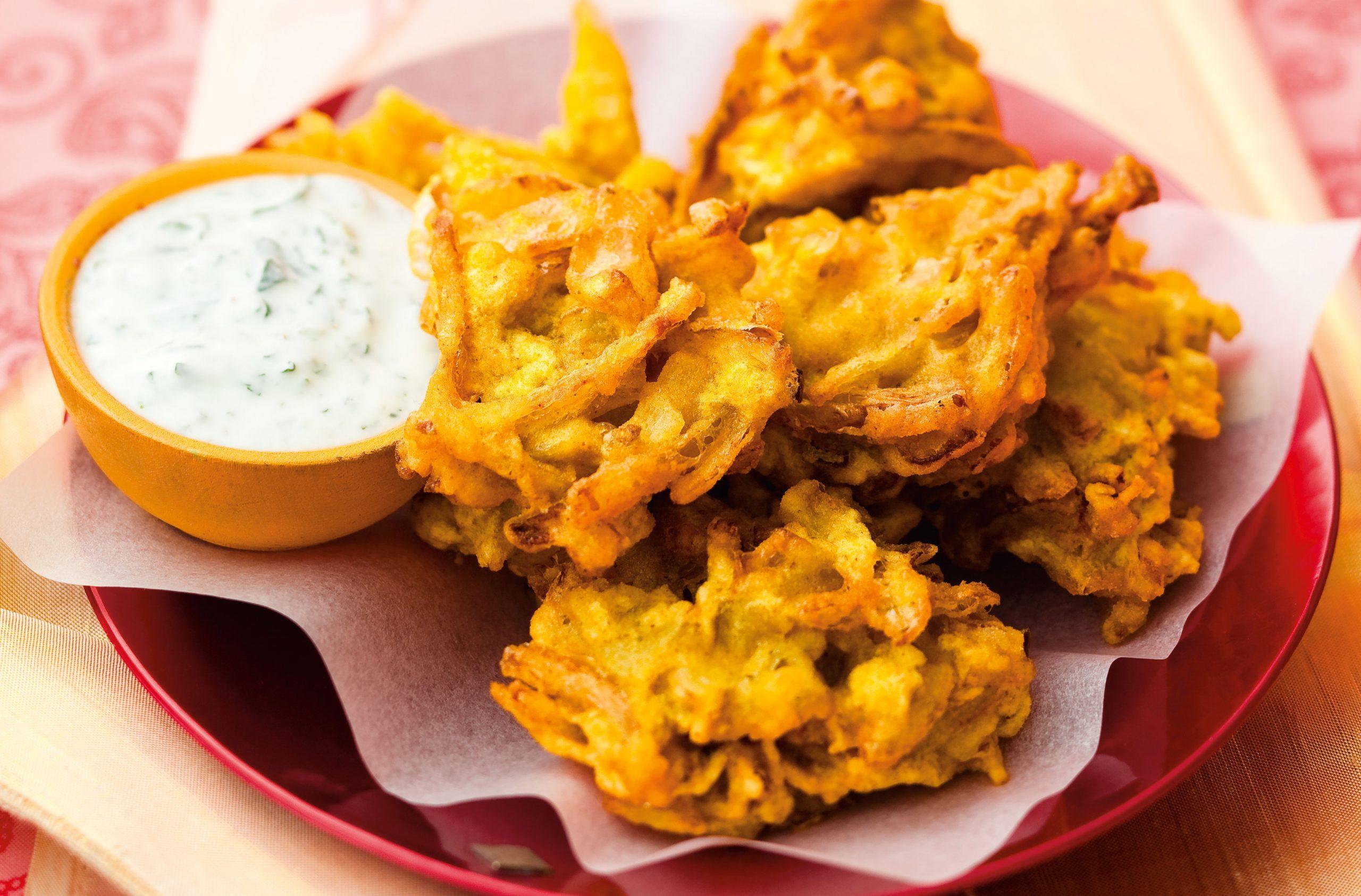 Onion bhaji scaled 1