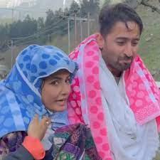 Hina Khan y Shaheer Sheikh impresionan en el video musical Baarish Ban Jaana 2021 3